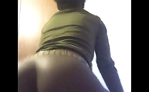 wench shaking her small ass