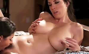Lesbian knockout pussylicking bigtitted cougar