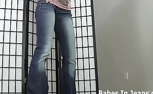 My round ass is irresistible in these tight jeans JOI