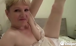 Euro Granny Spreads Her Legs In the first place Cam