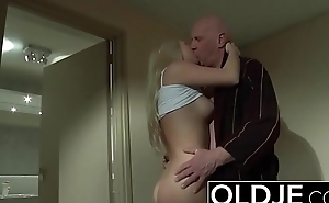 Horny Morning Sexual relations Old Young Porn Girlfriend gets fucked cum shower
